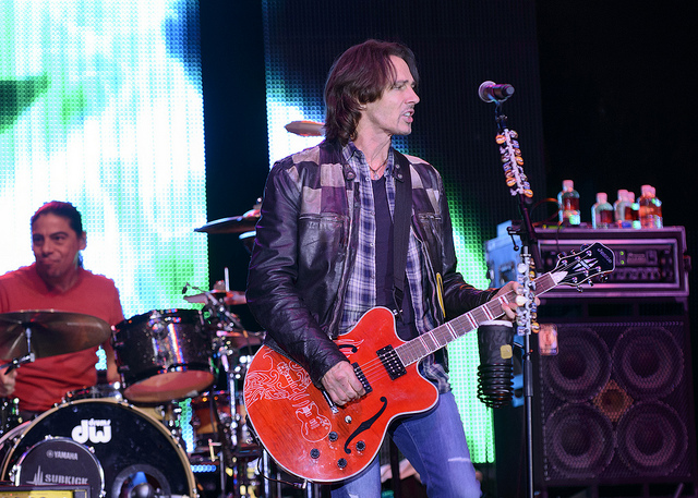 Rick Springfield-NYS Fair-injury lawsuit